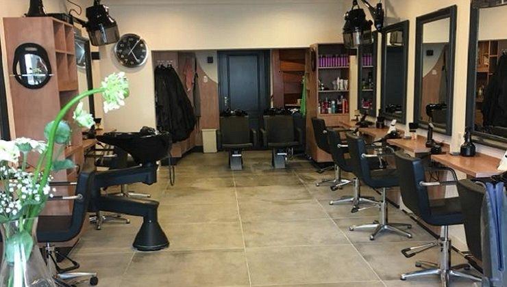 Salon binnen gesneden